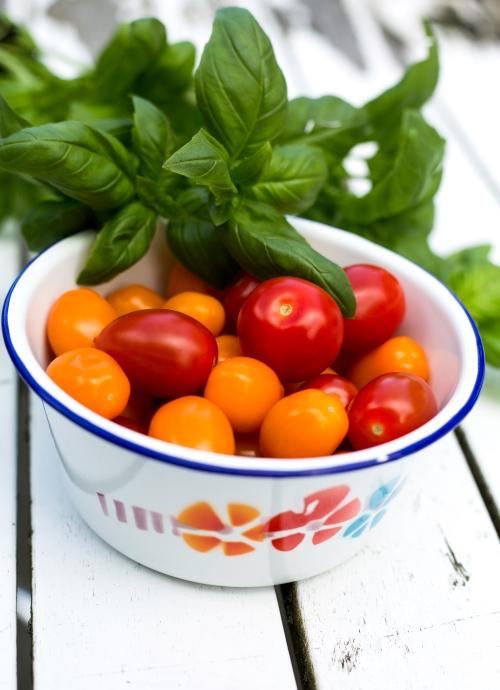 Tämä ruoka onnistuu, jos tomaateissa ja basilikassa on oikea maku.